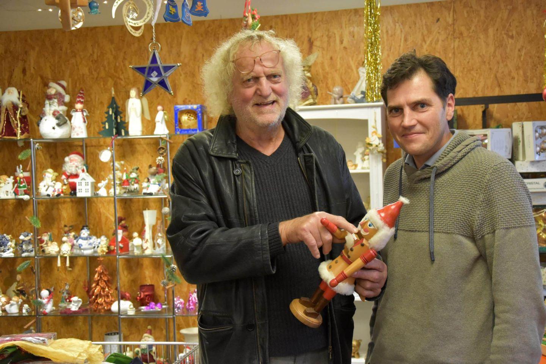 """Nussknacker, Krippen, Christbaumkugeln: """"Brauchbar"""" hat seine Weihnachtsmärkte in den Sozialkaufhäusern eröffnet"""