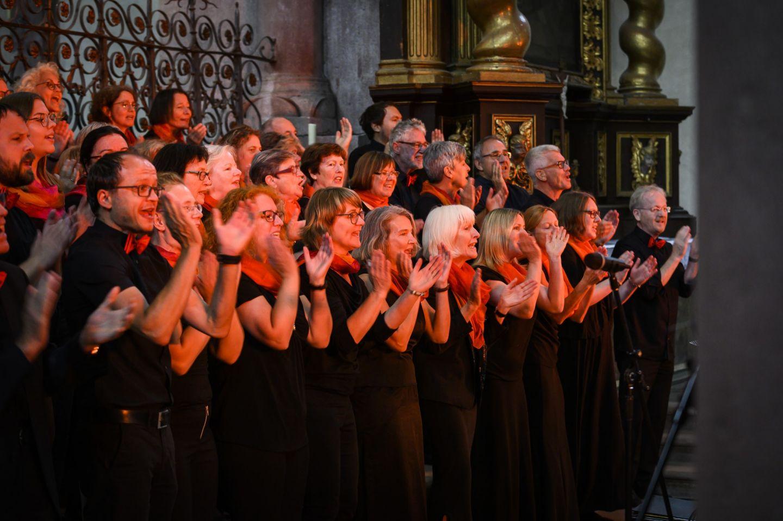 """Gospel-Rock-Pop aus Würzburg: Voices-Adventskonzert """"Cradle of Love"""""""