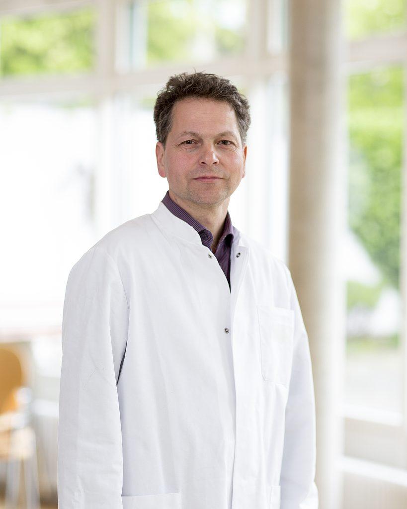 Andreas Bepperling, Facharzt für Neurologie und Psychiatrie, Spezielle Schmerztherapie, Belegarzt an der Rotkreuzklinik Würzburg