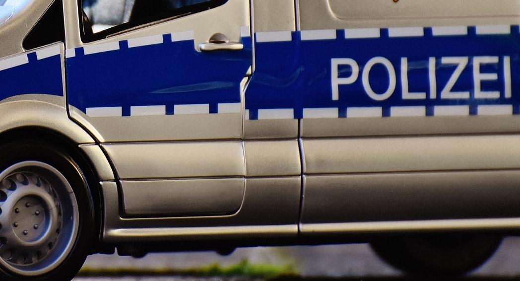 Falsche Polizisten erbeuten 17.000 Euro in Würzburg – Geldübergabe auf LIDL-Parkplatz