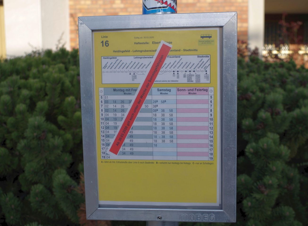 Straßenbahnen und Busse der WVV: geänderter Fahrplan