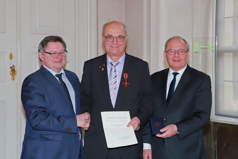 Bundesverdienstkreuz für HWK-Präsidenten