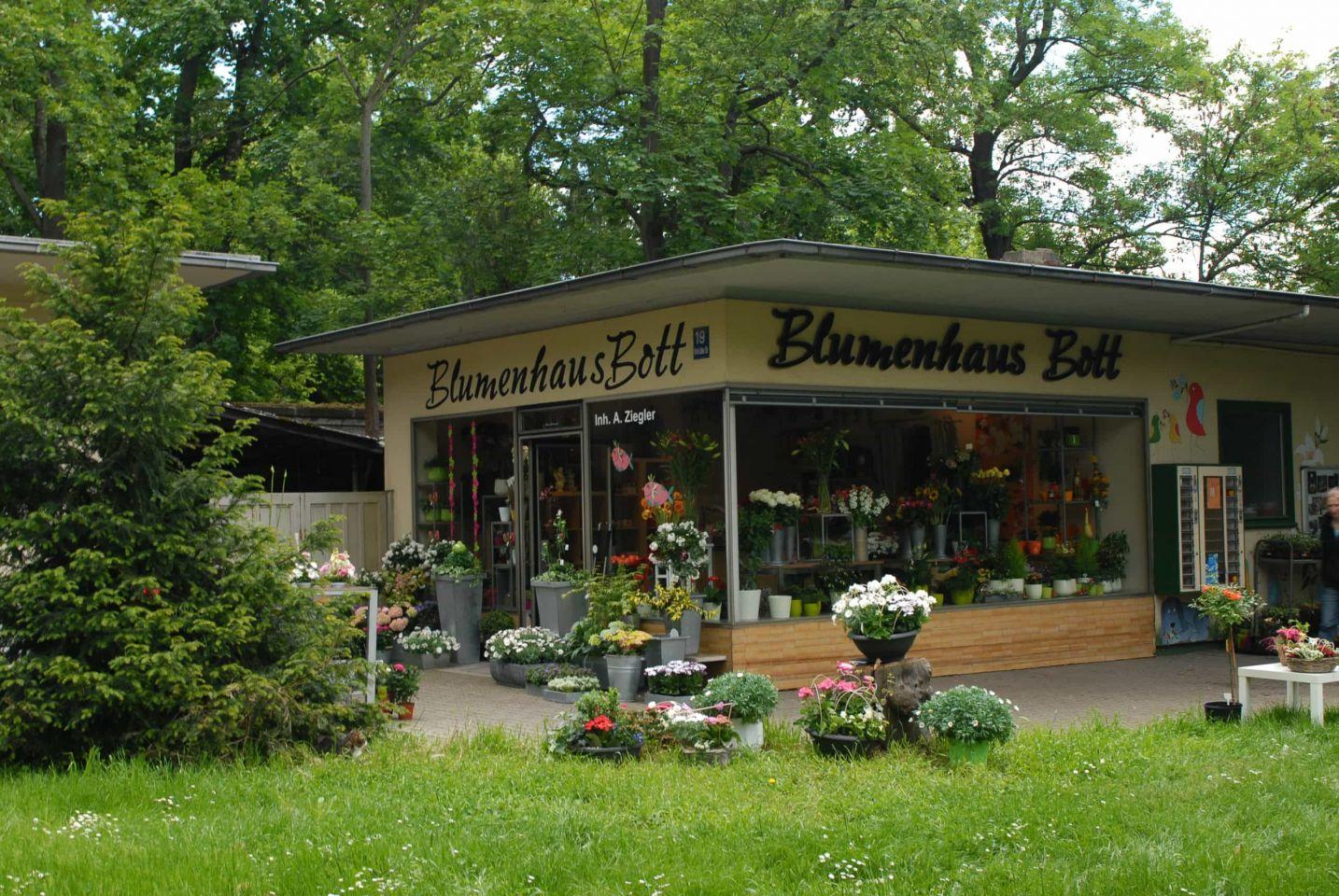 Das Blumenhaus Bott in Würzburg liefert den Frühling zu Ihnen nach Hause