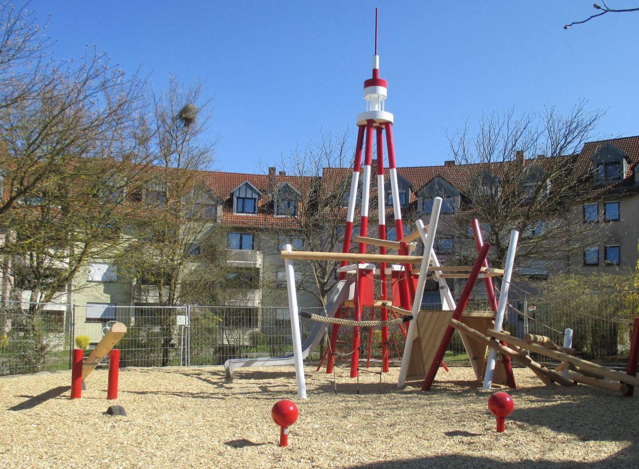 """Ein """"Tokyo Tower"""" für den Heuchelhof: Gartenamt gestaltet die Spielplätze Tokio- und Otsustraße um"""