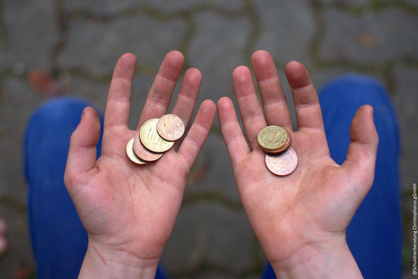 """Wenn das Geld immer knapp ist: Malwettbewerb der Christophorus-Gesellschaft zum Thema """"Kinderarmut"""""""