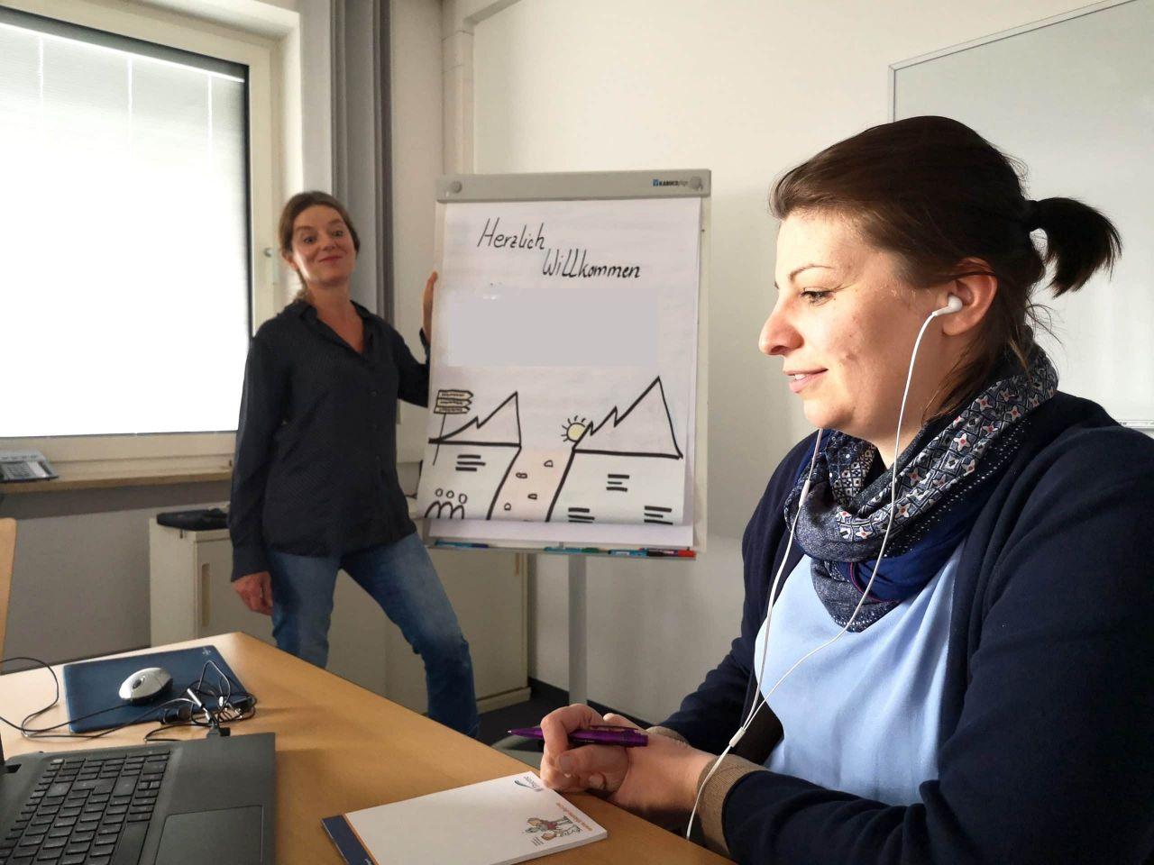 Krankenpflegeschule Würzburg und Corona: Ausbildung zwischen E-Learning und Pflegepraxis