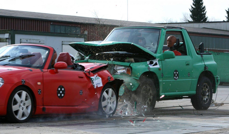 Zu geringer Abstand: jährlich über 71.000 Unfälle
