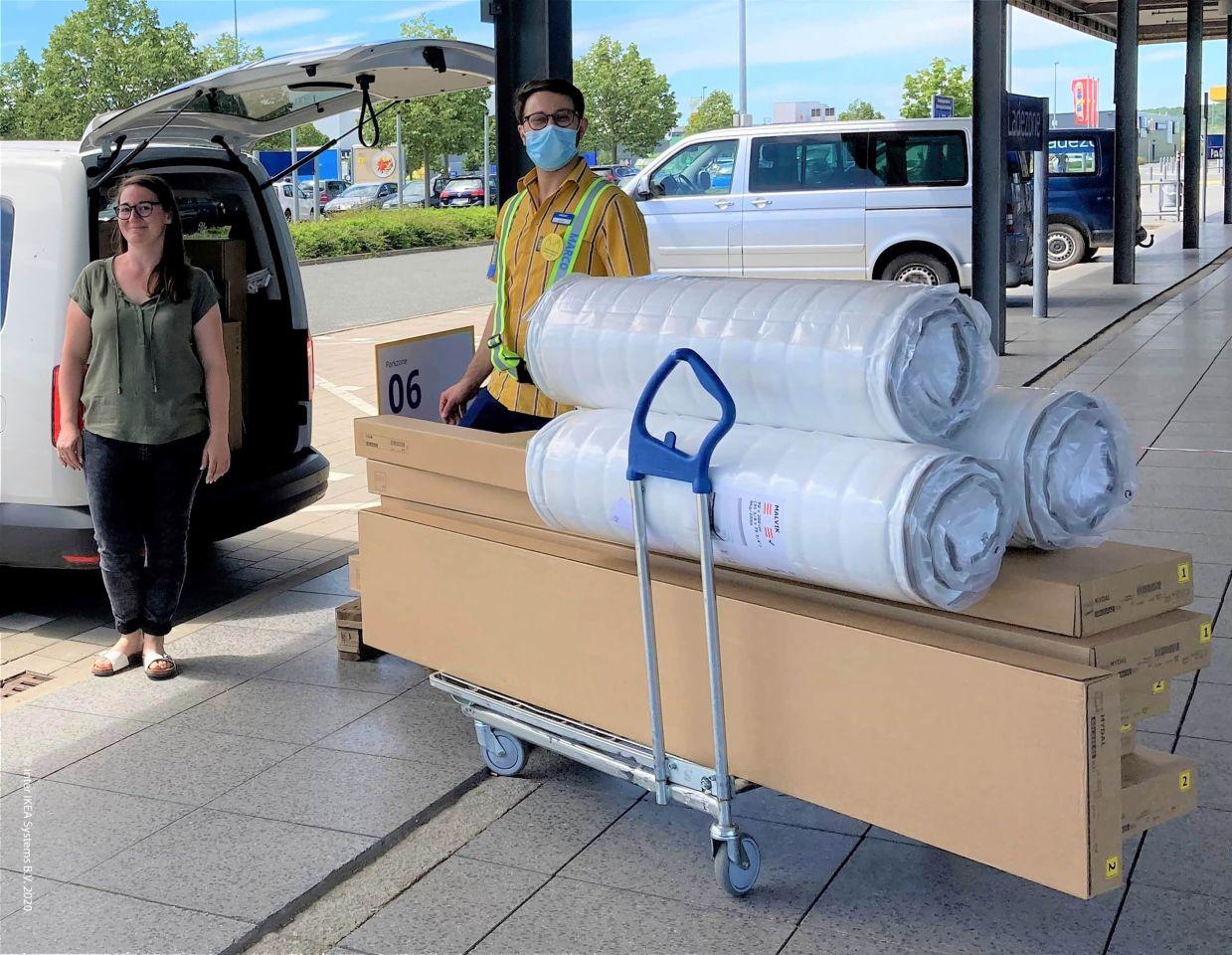 Frauen und Kinder vor Gewalt schützen: IKEA Würzburg unterstützt das Frauenhaus Schweinfurt