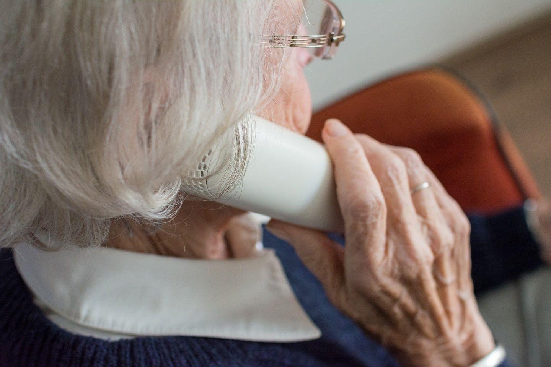 Trickbetrug: Seniorin hebt 25.000 Euro ab
