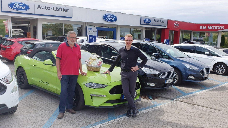 Von der Lehre bis zur Rente: Autohaus Löffler verabschiedet Urgestein