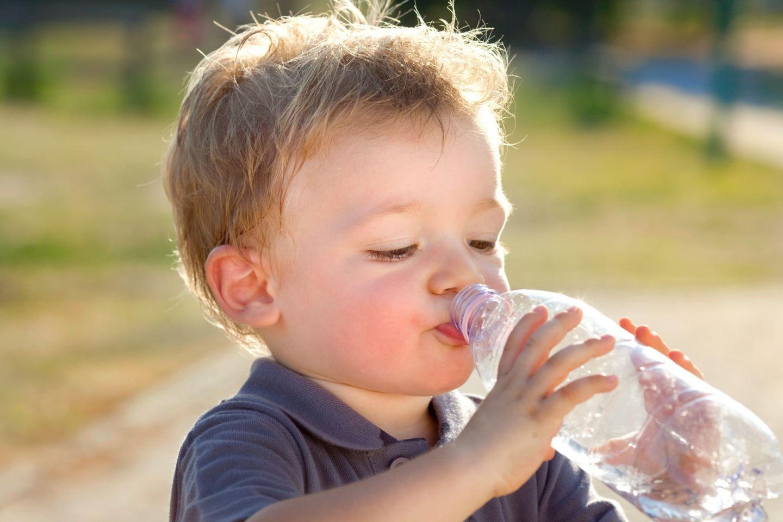 Hitze-Tipps: Wer viel schwitzt, muss viel trinken