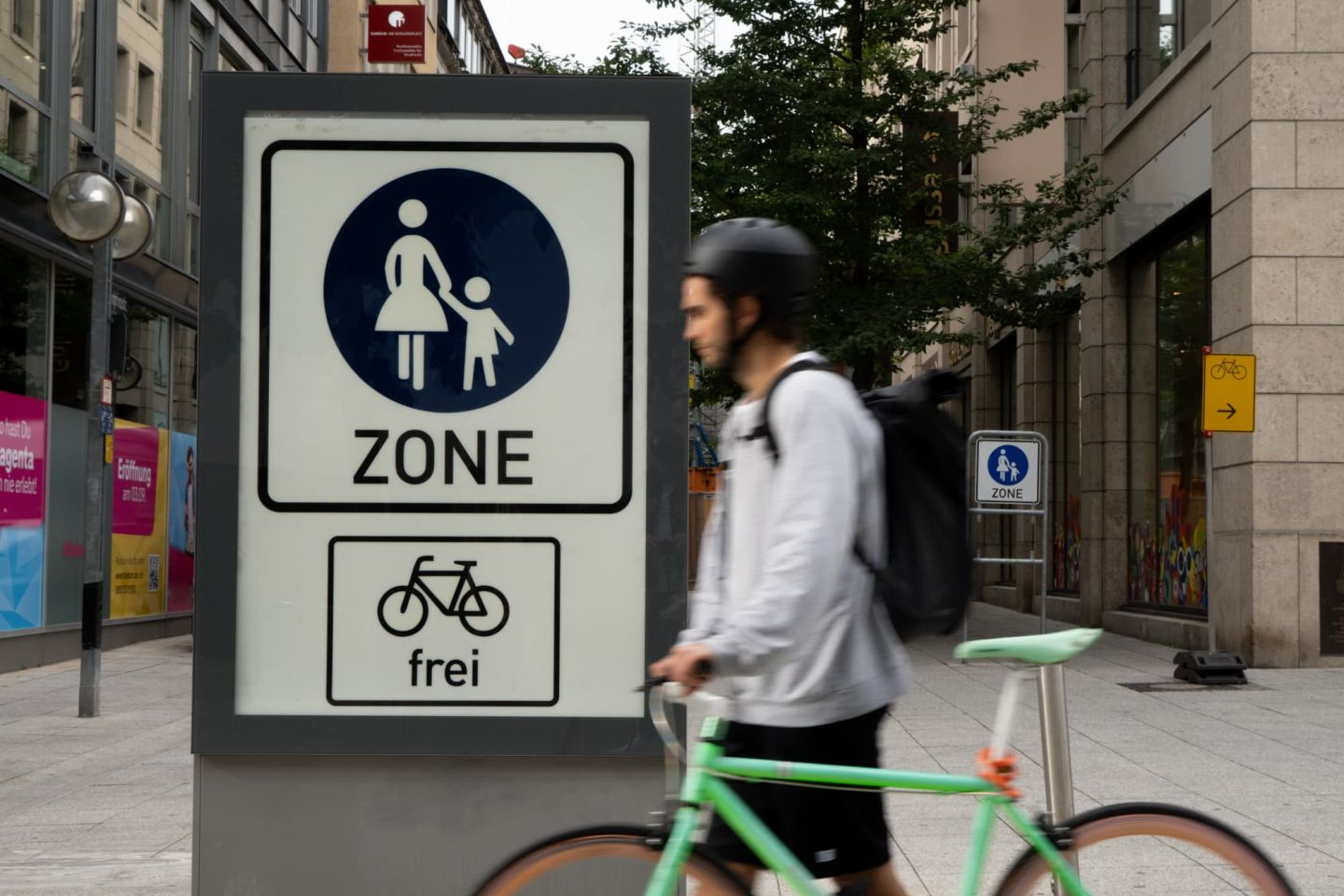 Radfahrer Regeln DEKRA
