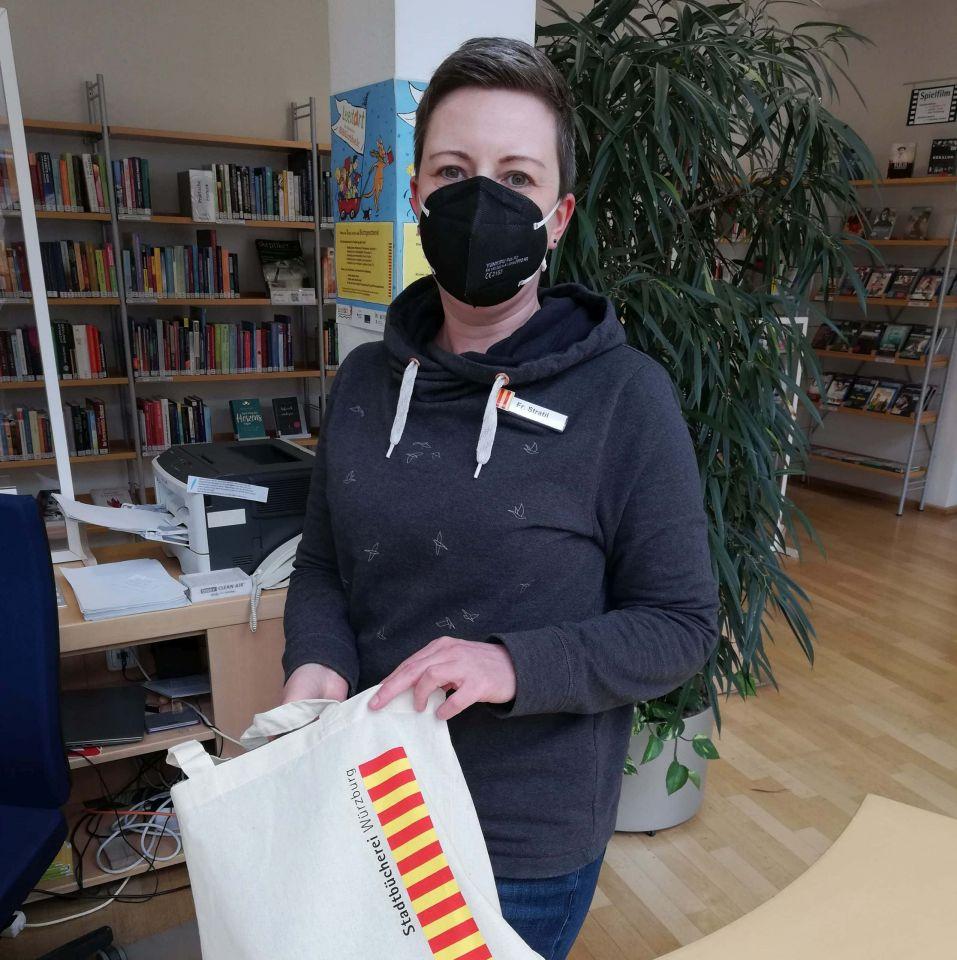 Stadtbücherei liefert Lesefutter im Lockdown