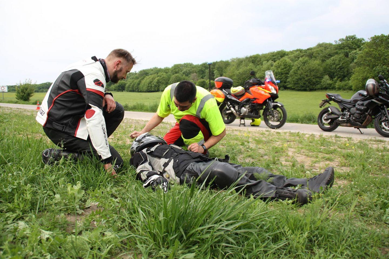 Johanniter Motorradunfall Erste Hilfe