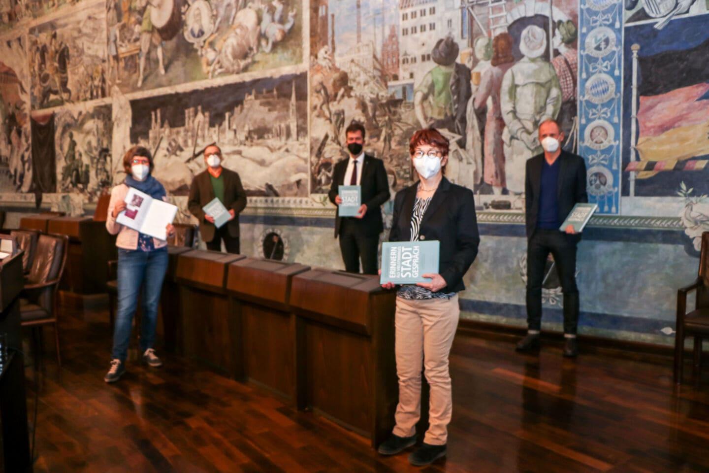 Neues Buch zur Erinnerungskultur der Stadt Würzburg