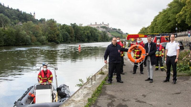 Rettungsboot-Würzburg-Berufsfeuerwehr